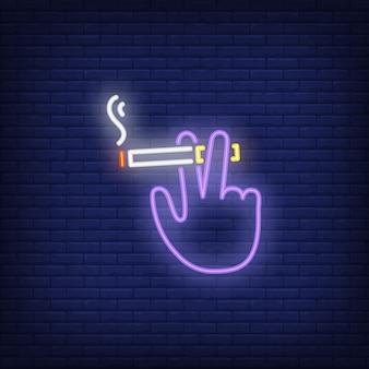 Mão, segurando, cigarro fumando sinal néon