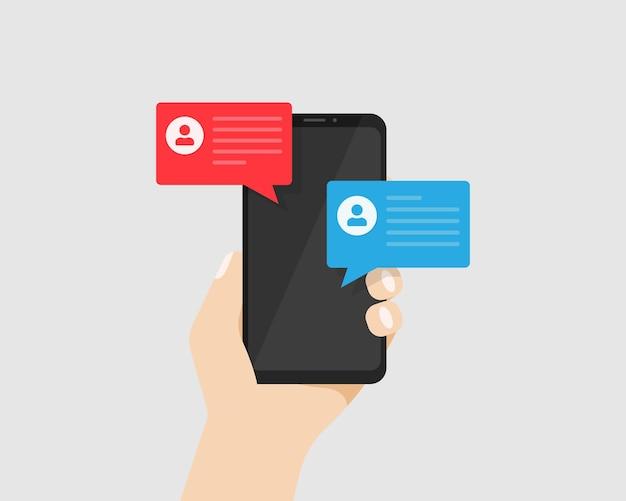Mão segurando o smartphone com notificação de mensagens no display. bolhas de bate-papo com mensagem na tela do telefone isolada. ilustração vetorial eps 10