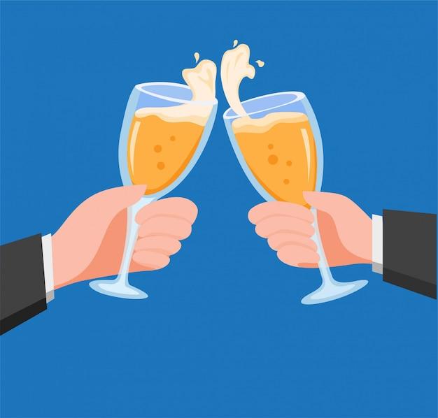 Mãos com champanhe no copo de vinho em estilo simples