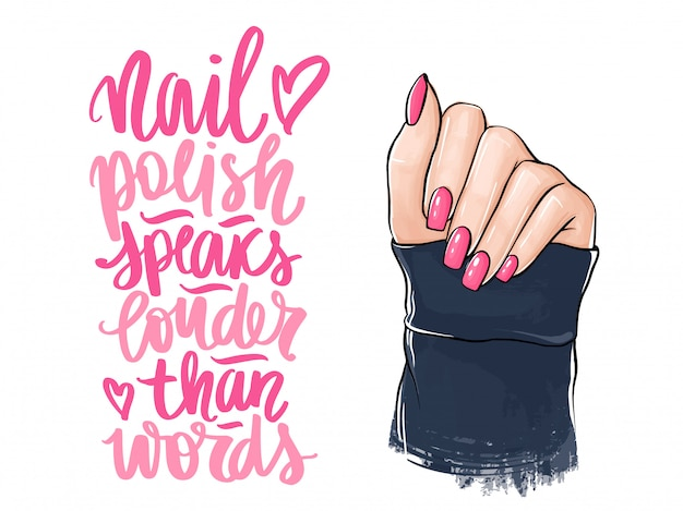 Mãos de mulher bonita com esmalte rosa. letras manuscritas sobre unhas e manicure.