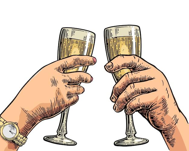 Mãos femininas e masculinas segurando e tilintando com duas taças de champanhe gravura em vetor vintage