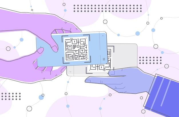 Mãos humanas lendo código qr em telas de smartphones