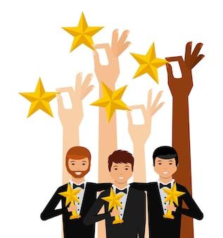 Mãos segurando uma estrelas douradas e grupo de atores