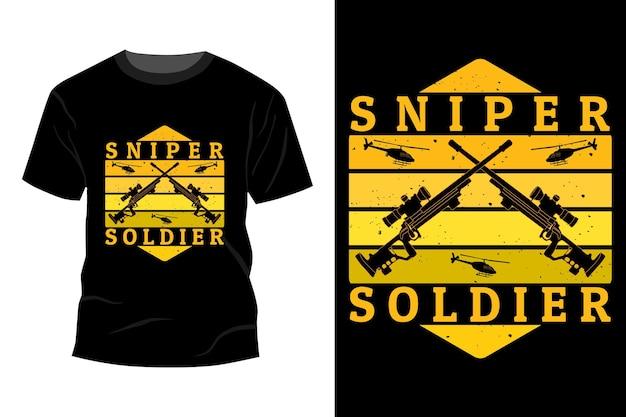 Maquete da camiseta do soldado atirador com design vintage retro