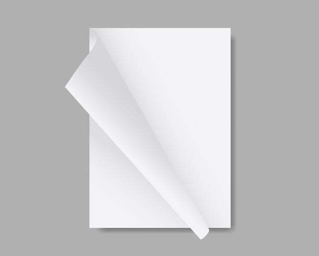 Maquete de folha de papel em branco branca. pilha de papéis com cantos curvos. revista, livreto, cartão postal, folheto, maquete de brochura. modelo de design. ilustração realista.
