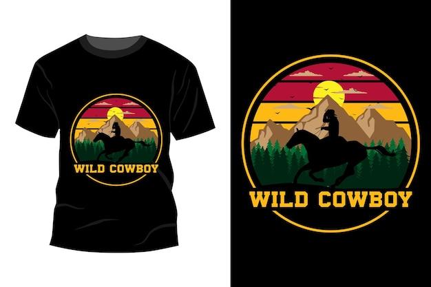 Maquete de t-shirt de cowboy selvagem com design vintage retro