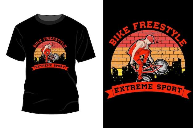 Maquete de t-shirt de esporte radical de estilo livre de bicicleta com design retro vintage