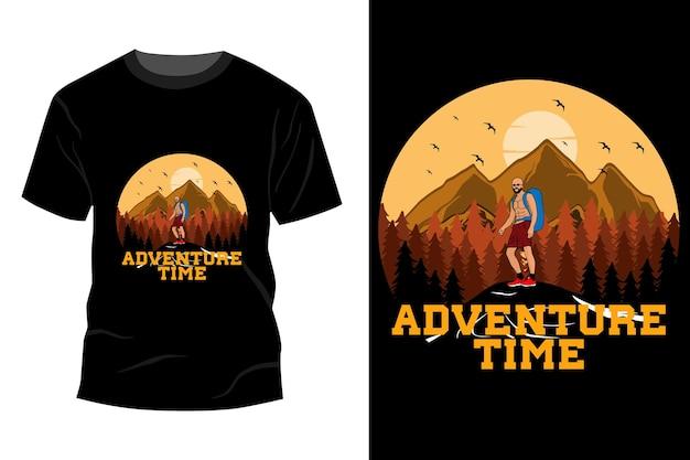 Maquete de t-shirt para a hora da aventura com design vintage retro
