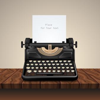 Máquina de escrever vintage preta na mesa de madeira