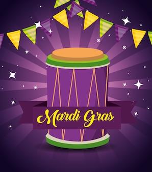 Mardi gras com decoração de festa e bateria