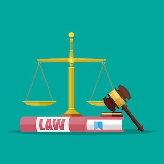 Martelo de juiz com livros e escalas de direito