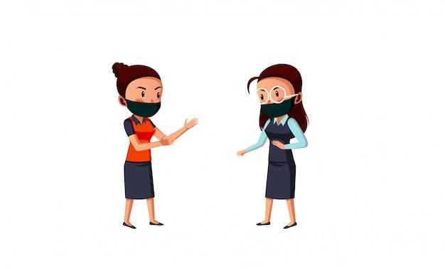 Máscara de desgaste de duas mulheres fazendo distanciamento físico durante novo normal