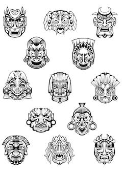 Máscaras cerimoniais rituais esculpidas em estilo tribal africano tradicional com diferentes expressões de emoção para avatares ou design de conceito histórico