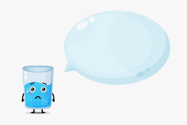 Mascote de copo d'água fofo com discurso de bolha