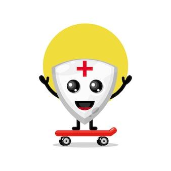 Mascote de personagem fofa de skate com escudo