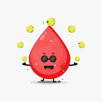 Mascote de sangue fofo jogando bola de tênis