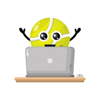Mascote do personagem bonito do laptop com bola de tênis