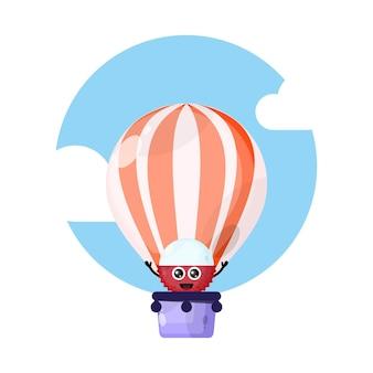 Mascote personagem fofa de balão de ar quente de lichia