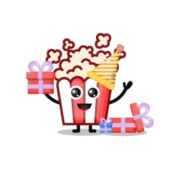 Mascote personagem fofa de pipoca de aniversário