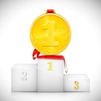 Medalha de ouro no pedestal dos vencedores.