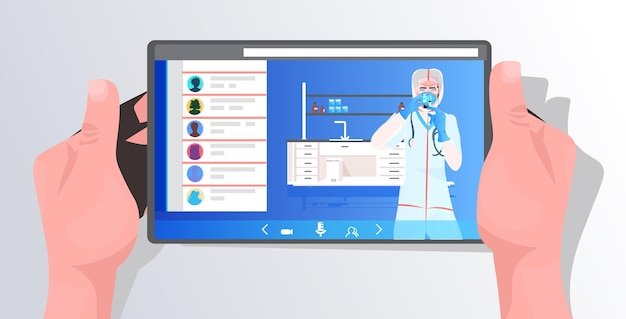 Médica com máscara e roupa de proteção trabalhando com tubo de ensaio no desenvolvimento de vacina de tela de tablet