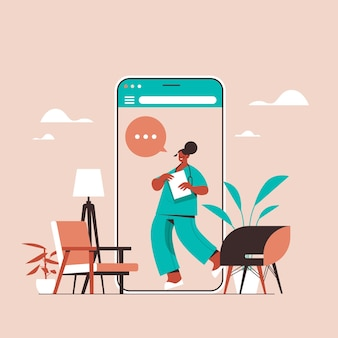 Médica na tela do smartphone, bate-papo, bolha, comunicação, consulta on-line, saúde, medicina, aconselhamento, médico, conceito
