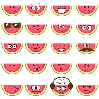 Melancias com rostos sorridentes isolados no fundo branco