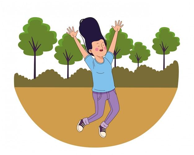 Menina adolescente sorrindo e pulando