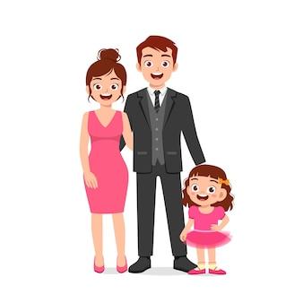 Menina bonitinha com mamãe e papai juntos