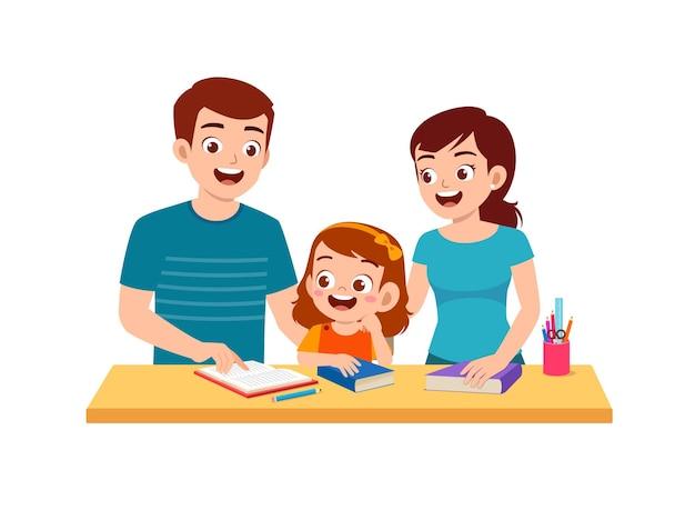 Menina bonitinha estudando com a mãe e o pai em casa juntos
