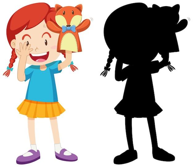 Menina brincando com a mão da boneca em cores e silhueta