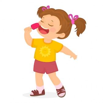Menina comendo um pirulito de sorvete