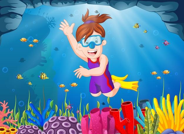 Menina dos desenhos animados de mergulho no mar