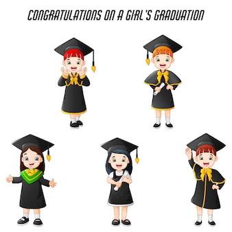 Menina dos desenhos animados em trajes de formatura com conjunto de poses diferentes