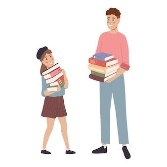 Menina e menino estudando nd se preparando para um exame e ler o livro.