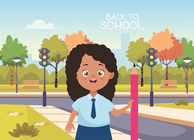 Menina estudante com caráter uniforme