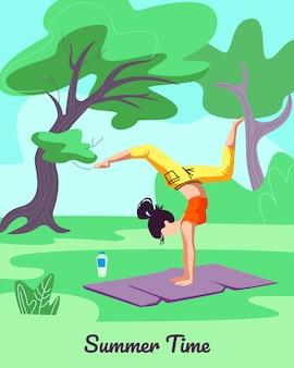 Menina exercitando na esteira ao ar livre. estilo de vida saudável