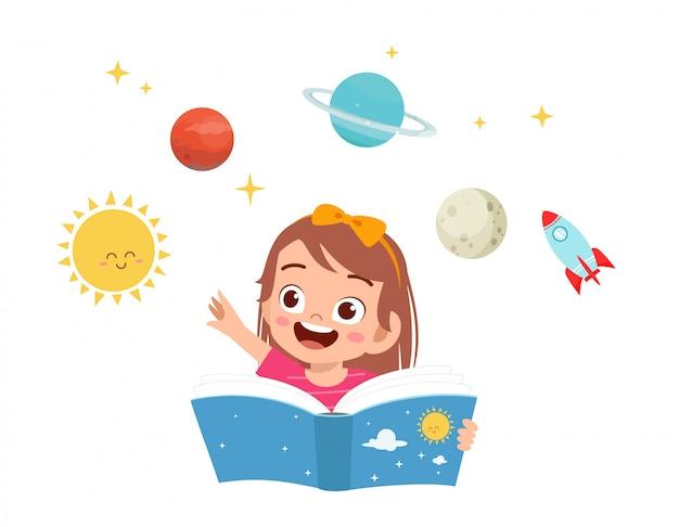 Menina feliz criança fofa estudar ciência e planeta