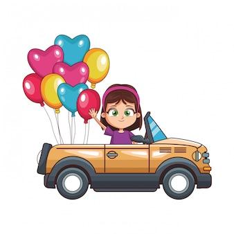 Menina feliz dirigindo carro
