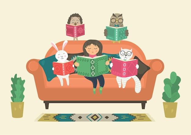 Menina lendo livro com animais fantásticos de fantasia no sofá. mundo de fantasia