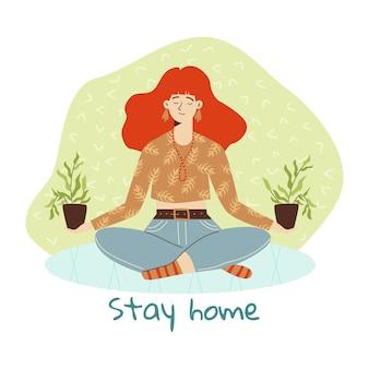Menina meditando na pose de lótus, fique em casa segurando vasos com plantas verdes