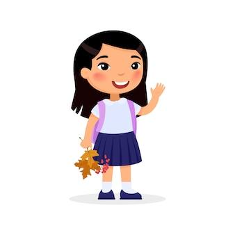 Menina que guarda as folhas de outono e o personagem de banda desenhada isolado bagas. estudante do ensino fundamental com a mochila.