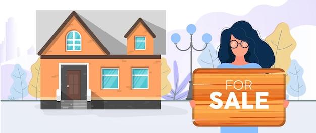 Menina segurando um cartaz. à venda. mulher está vendendo a casa. conceito de venda de apartamentos, casas e imóveis. vetor.