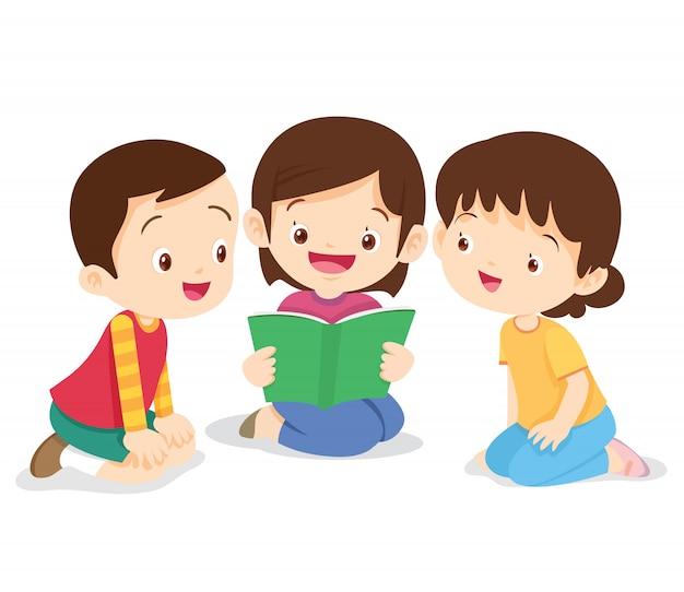 Menina sente-se e ler o livro