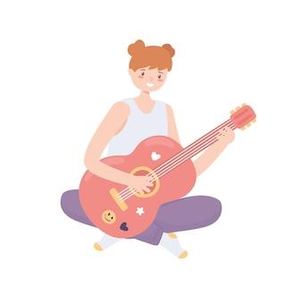 Menina tocando violão
