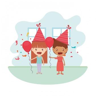 Meninas com chapéu de festa e balão de hélio na festa de aniversário