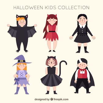 Meninas engraçadas com trajes de halloween