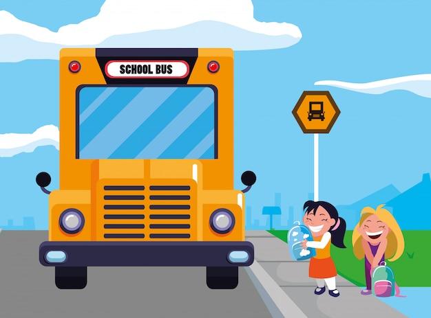 Meninas estudantes felizes na cena de ponto de ônibus escolar