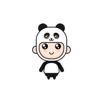 Menino bonito de desenho animado com fantasia de panda