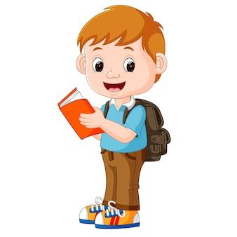 Menino bonito ir para a escola
